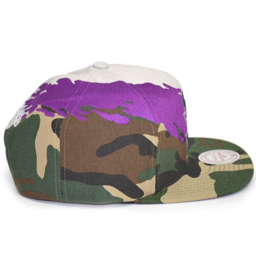 Mitchell & Ness Snapback Cap Paintbrush Milwaukee Bucks camo grey