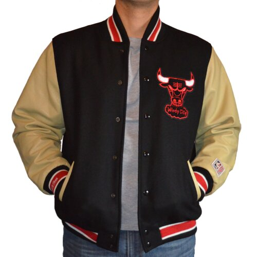 Mitchell & Ness Wool Leather Varsity Jacket Chicago Bulls black